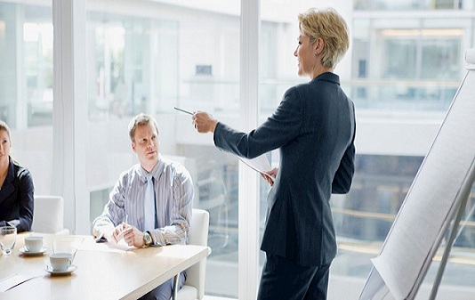 آیا زنان مدیران بهتری در مقایسه با مردان هستند؟