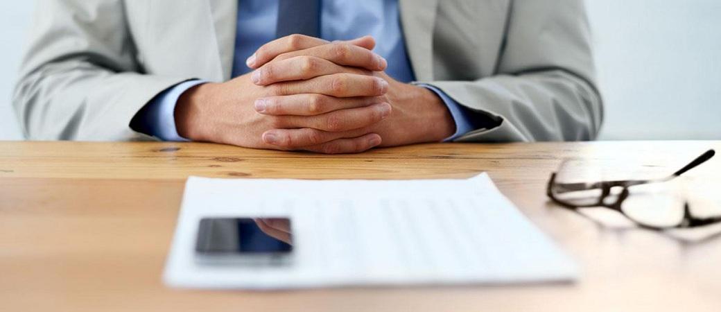بهترین سوالاتی که میتوانیم در مصاحبه شغلی از کارجو بپرسیم، کدامند؟