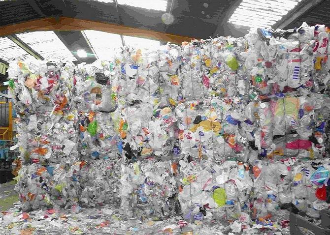 پلاستیک و ضایعاتش